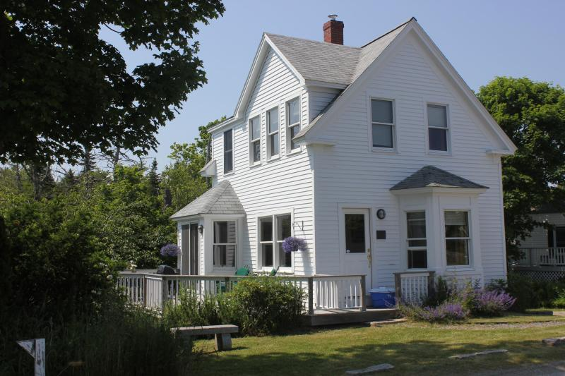 Exterior - Well Kept In-Town Home with Harbor Views - Stonington - rentals