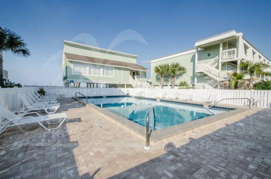 Spacious Luxury Townhome - Direct Sound Access! - Image 1 - Pensacola Beach - rentals
