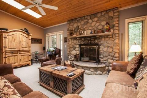 Enjoy relaxing by the fireplace after a day on the slopes in this cozy Living Room. - BOOK NOW~SUMMER DISCOUNTS! Family Friendly Townhome, Great Value, Steps to Bus, Minutes to Slopes! - Vail - rentals