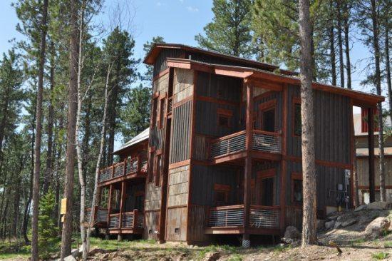 Alpine Escape - Beautiful 4 bedroom with 2 Master Suites! - Image 1 - Lead - rentals