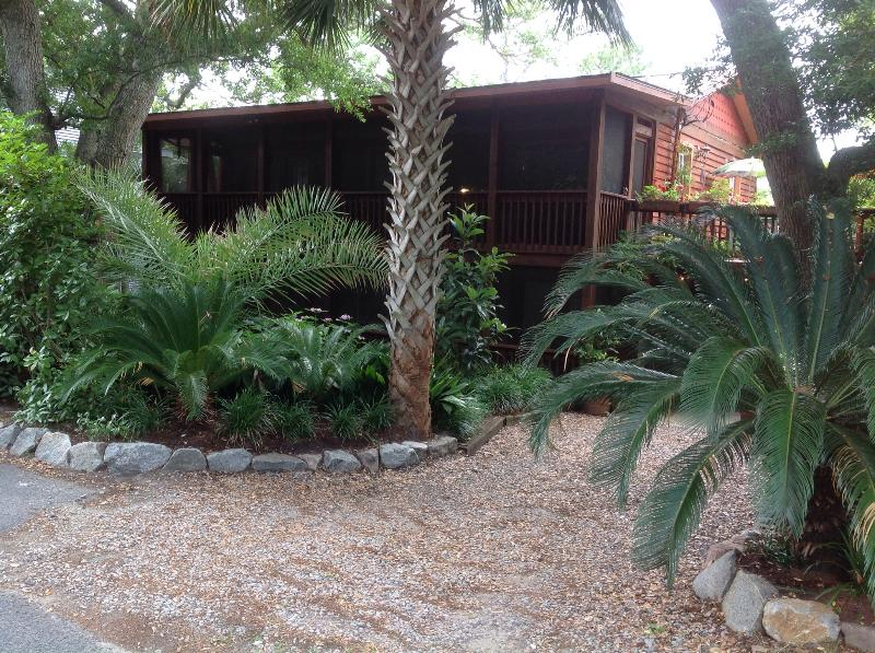 Front view from street - Oceanside on Folly Beach taxes/fees included - Folly Beach - rentals