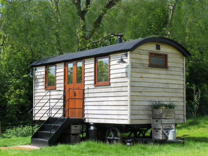 Len's Hut - Tor View Shepherds Huts - Somerset - rentals