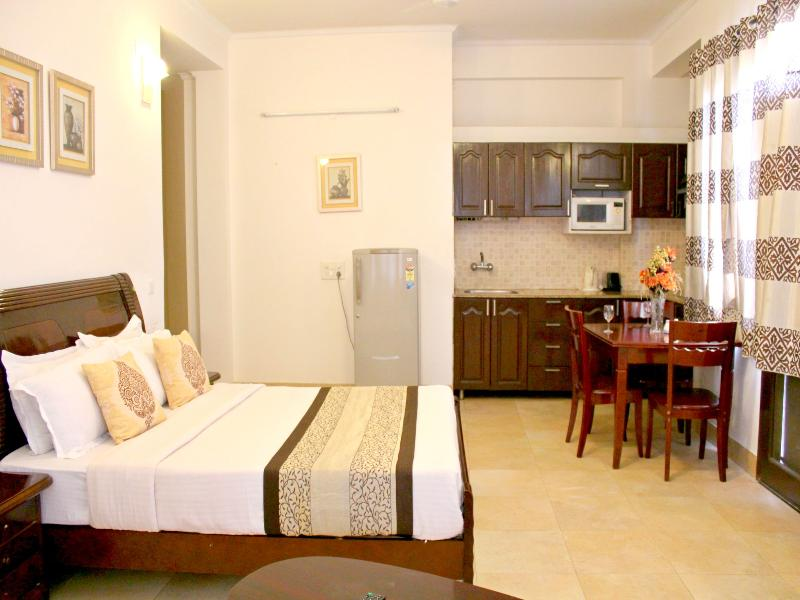 Bed at Olive Studio Service Apartments Gurgaon - Olive Studio Apartments Gurgaon - Gurgaon - rentals
