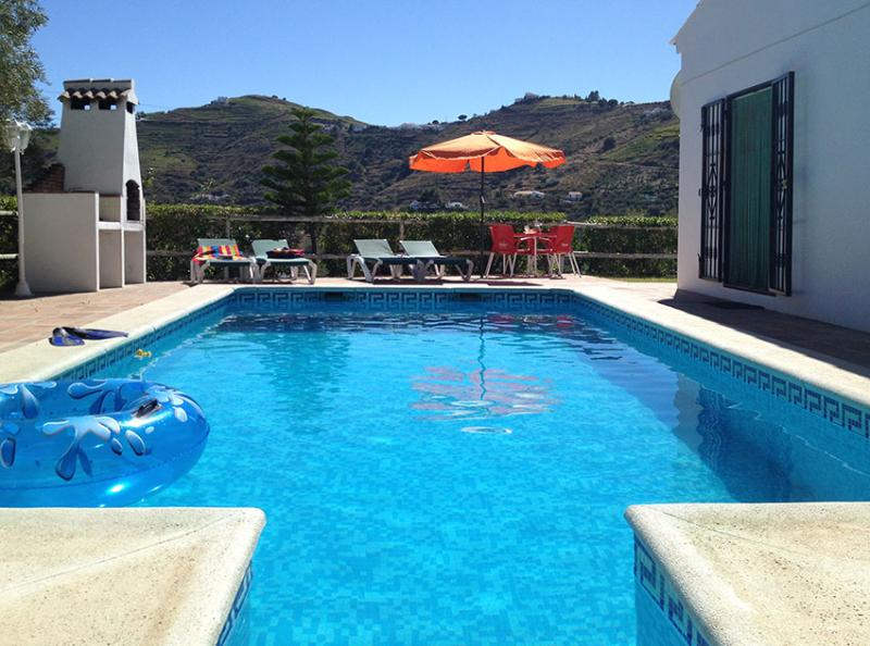 Pool with countryside views. - Casa Mari Carmen - lovely villa mins from Competa - Competa - rentals