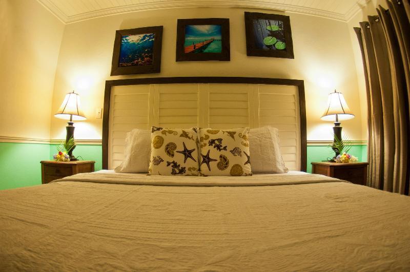 King Bedroom - King @ Villa Allamanda - Eleuthera - rentals