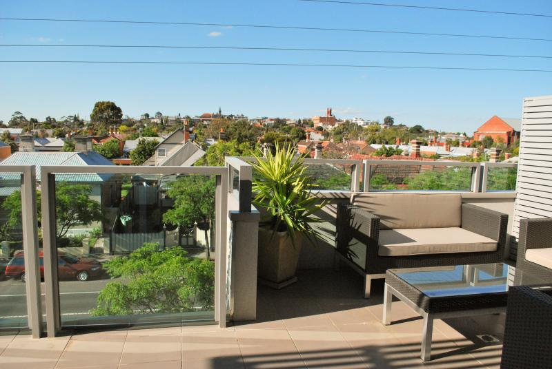 Private balcony with great city views - Westgarth Penthouse - Northcote - rentals