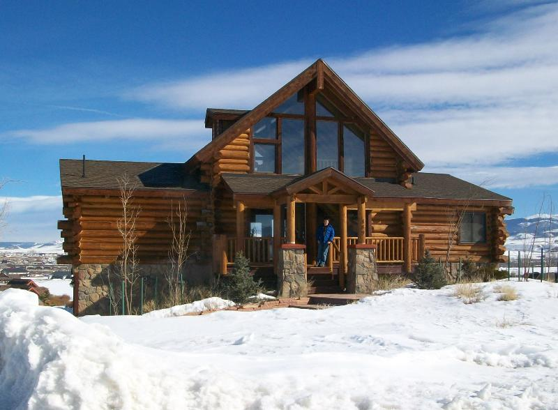 Granby Getaway in the winter! Come enjoy the snow and views! - The Granby Getaway- Awesome Vacation Home-Skiing! - Granby - rentals
