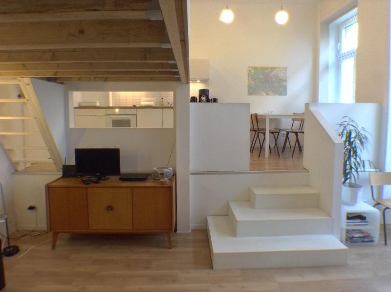 livingroom downstairs - Central Stylish Apartment in Friedrichshain/Mitte, Berlin - Berlin - rentals