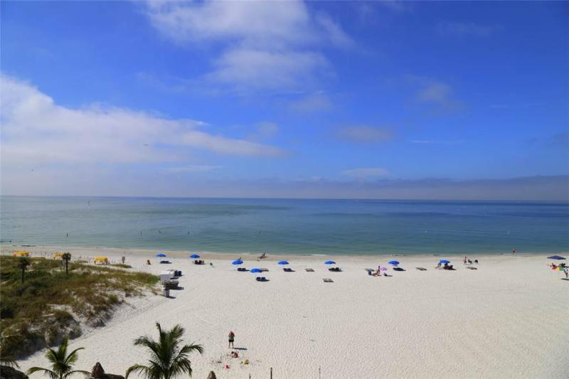 #407 Beach Place Condos - Image 1 - Madeira Beach - rentals