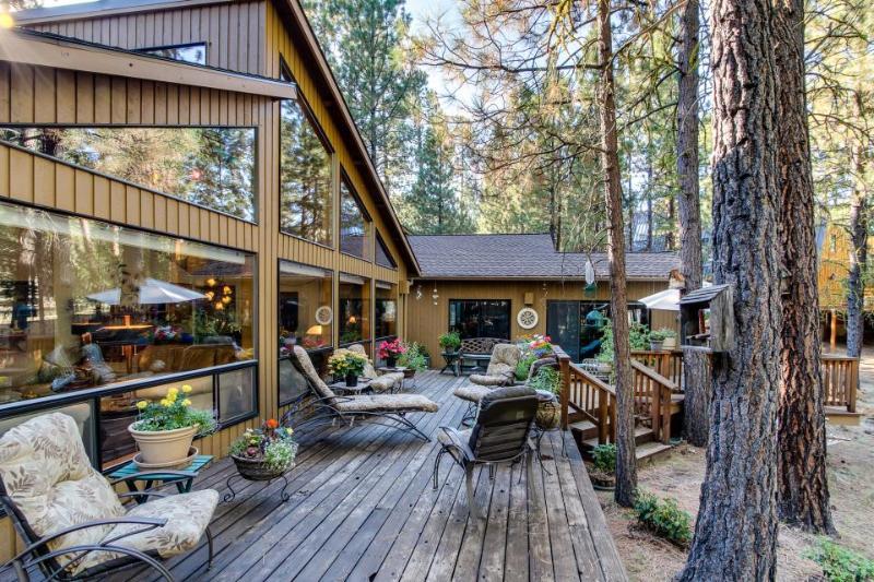 Black Butte Ranch: South Meadow Haven - Image 1 - Black Butte Ranch - rentals