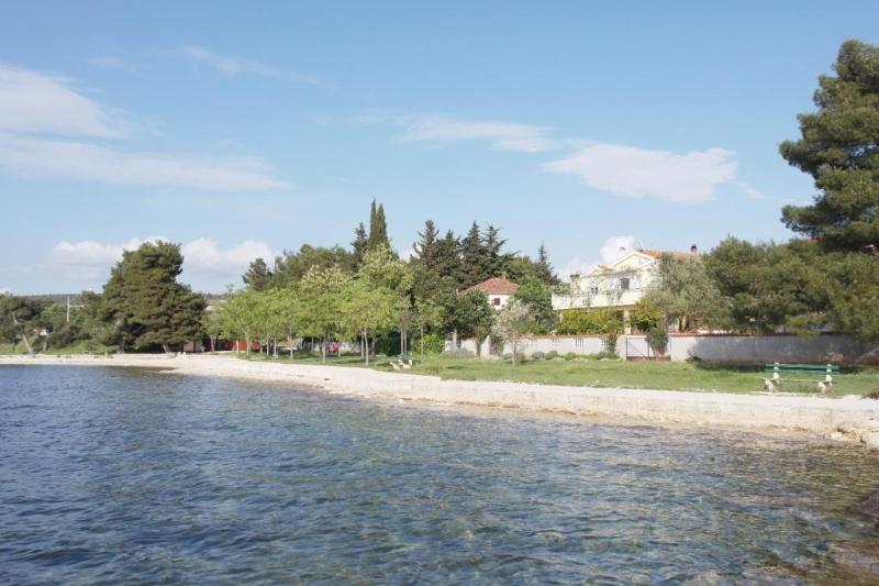 House on beach - Image 1 - Zadar - rentals