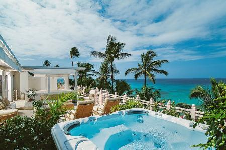 Newly refurbished beachfront penthouse Reeds House no14 with panoramic views & 55 ft roof terrace - Image 1 - Reeds Bay - rentals