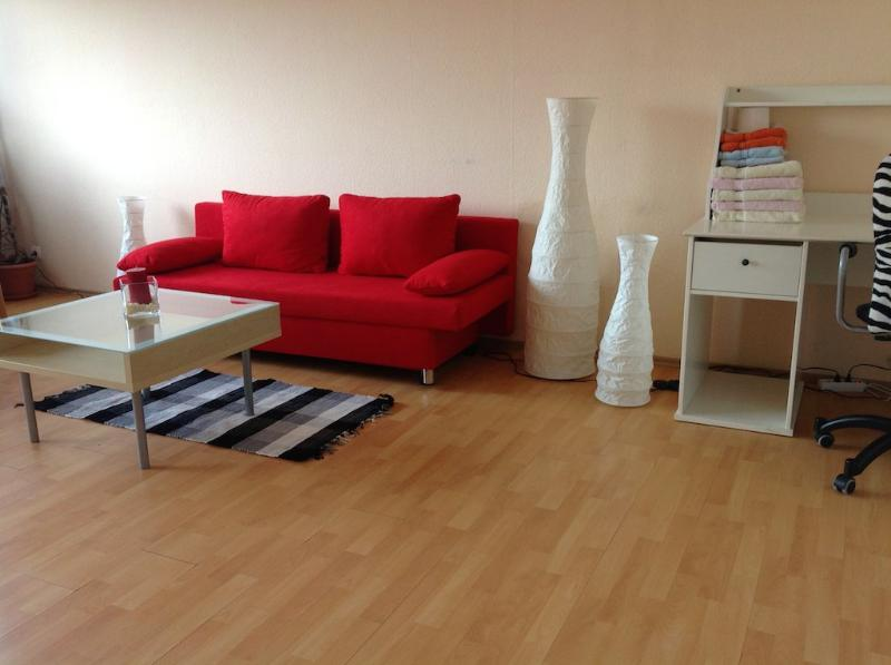 Vacation Apartment in Marburg - 484 sqft, central, convenient, modern (# 4771) #4771 - Vacation Apartment in Marburg - 484 sqft, central, convenient, modern (# 4771) - Marburg - rentals