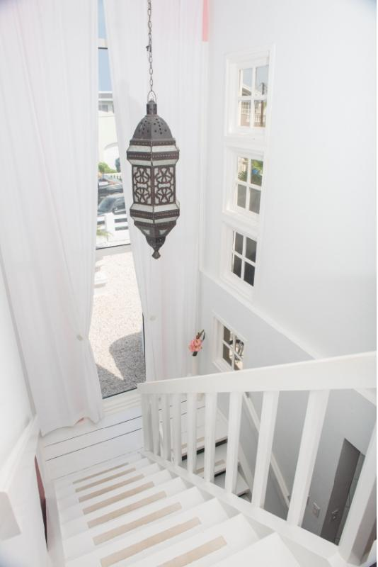 stairway to your penthouse - PALM BEACH, The Penthouse Suite Modern World - Palm/Eagle Beach - rentals