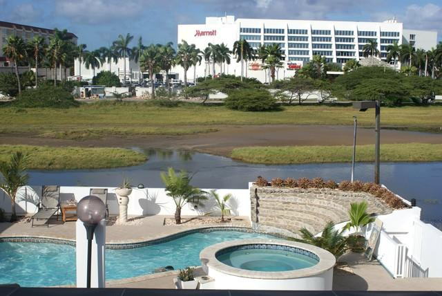3 min walk to marriott beach and palm beach - $ 99 P/N 2 persons, The Double Rooms Modern World - Palm/Eagle Beach - rentals