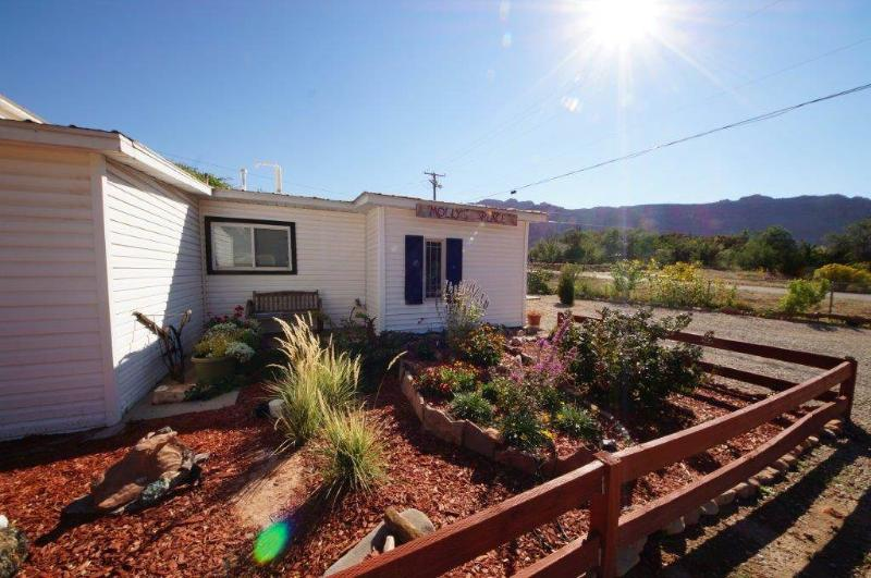 Molly's Place - Image 1 - Moab - rentals