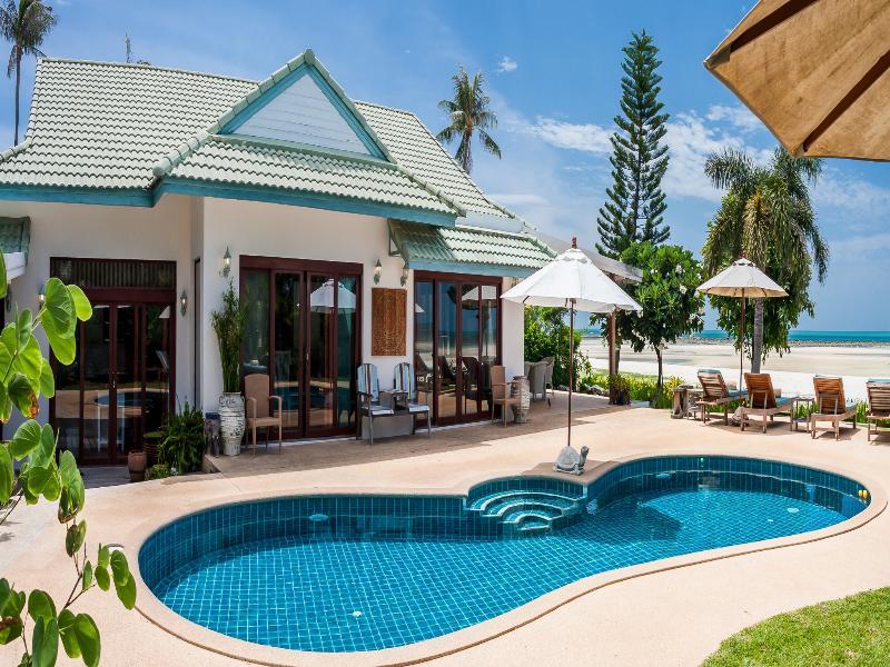 Chai Haat - 4 Bedroomed Luxury Beachfront Villa - Koh Samui - rentals
