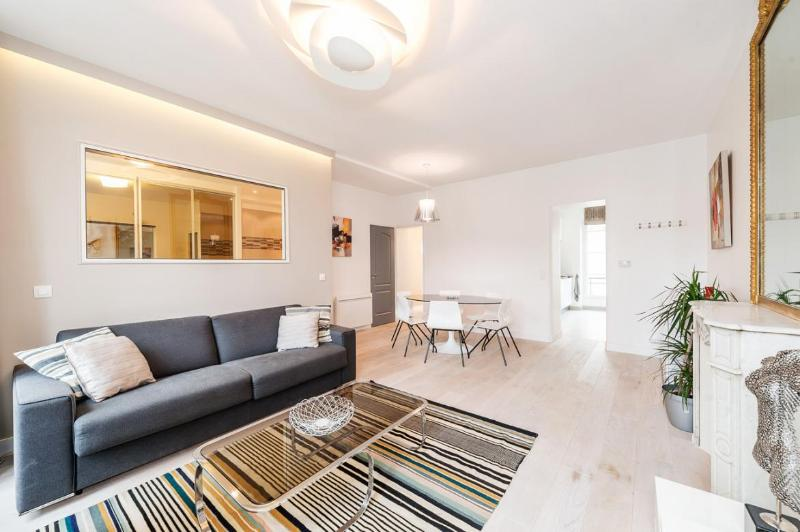 Welcome in our 2 bedrooms 2 bathrooms 2 toilets apartment.. - NEW = HEART OF PARIS = For 6 guests ! - Paris - rentals