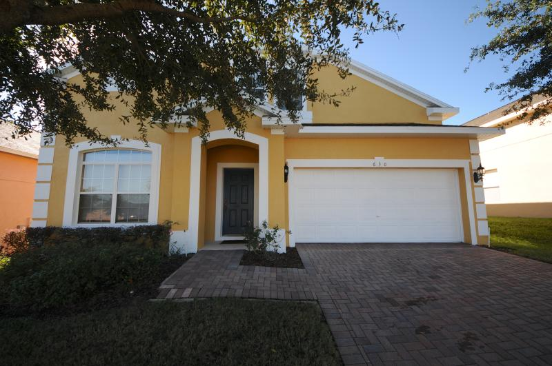 4 Bedroom Gold Star Pool Home Near Disney - Image 1 - Kissimmee - rentals