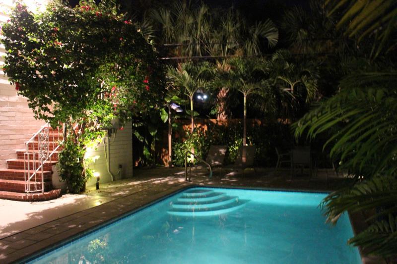 POOL AREA - Top Vacation Rental Award 2/1 Beautiful Villa w po - Lauderdale by the Sea - rentals