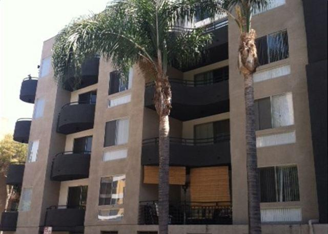 Exterior - Hollywood Modern Two Bedroom - United States - rentals