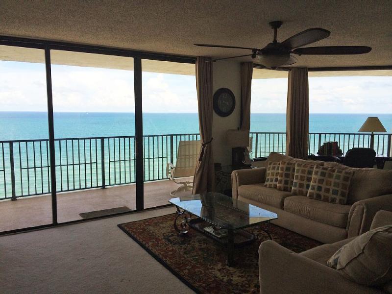 OCEAN! OCEAN!! OCEAN!!! LARGE L&D (one of the largest ocean frontage in DBS) - HUGE LUXURY OCEANFRONT CONDO!!! Stunning Views... - Daytona Beach - rentals