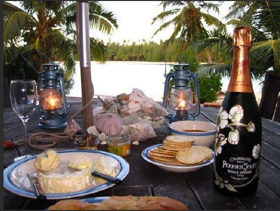 Evening on the decking - Navigator Muri Lagoon - Rarotonga - rentals