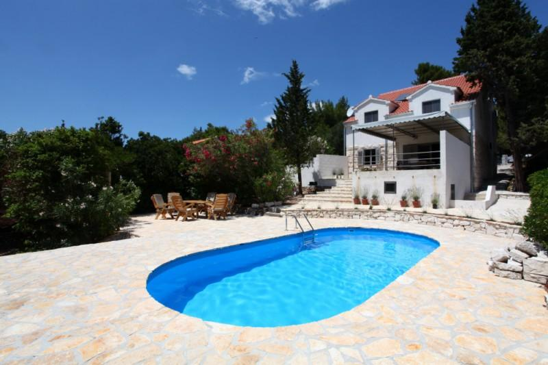 GOLDEN HORN BEACH FRONT HOLIDAY VILLA - Image 1 - Brac - rentals