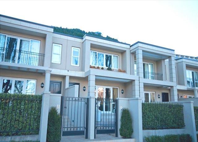 Esplanade Residences 12 - Image 1 - Queenstown - rentals