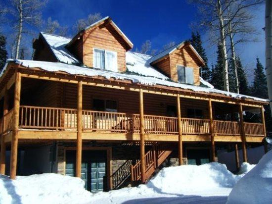 Whispering Pines Lodge private cabin - Image 1 - Brian Head - rentals
