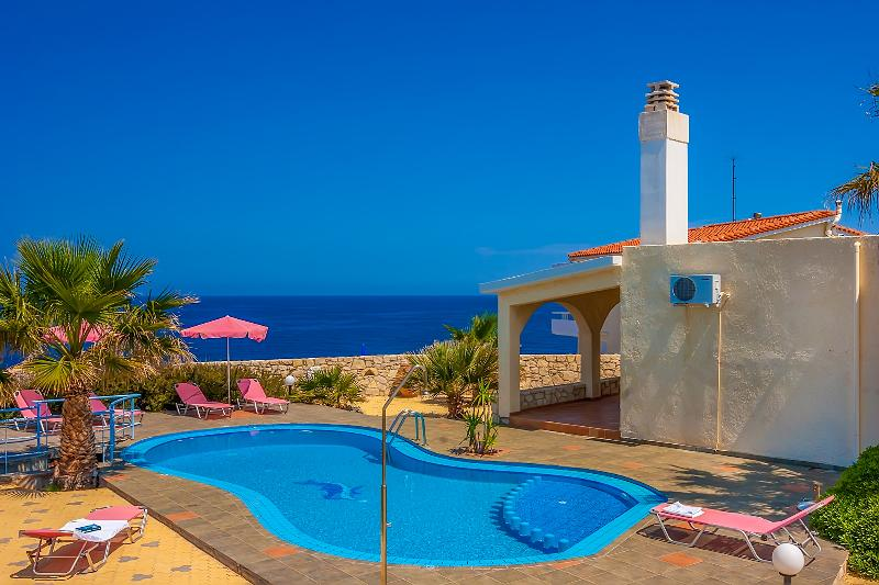 Villa Clio with breathtaking sea & sunset view - Image 1 - Akrotiri - rentals