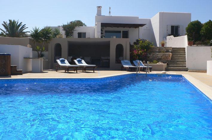 pool & house - Kamari Villa-M-w/p.pool & Jacuzzi, in Naxos-Greece - Naxos - rentals