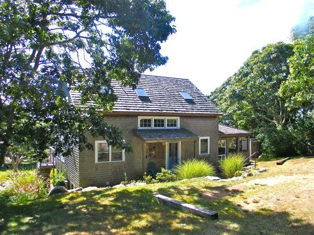 Lovely Aquinnah Waterview Rental (Lovely-Aquinnah-Waterview-Rental-AQ604) - Image 1 - Martha's Vineyard - rentals