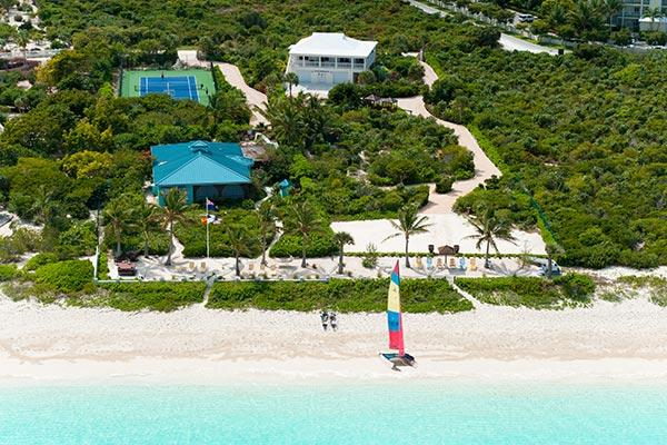 Located along Grace Bay Beach in Turtle Cove, this lovely tropical villa offers all modern amenities. TNC CON - Image 1 - Grace Bay - rentals