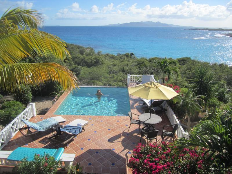 Stunning Sea Feathers Villa - Image 1 - Shoal Bay Village - rentals