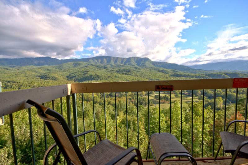 The Best View in the Smokies! - Above Par Condo - Views, Luxury, Indoor Pool - Gatlinburg - rentals