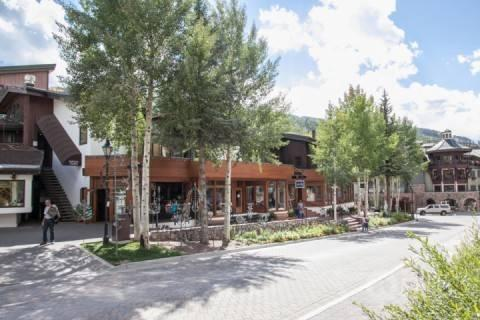 Vail Core 4 is centrally located on East Meadow Drive in Vail Village. - Vail Core #4 - Vail - rentals