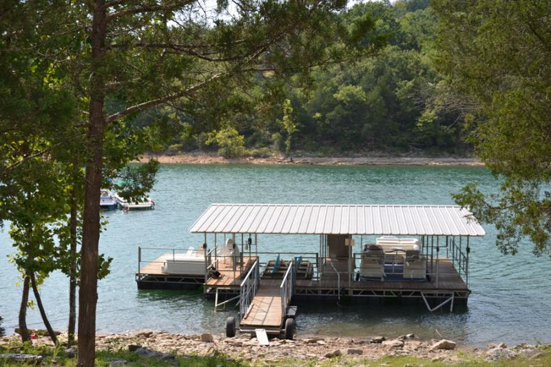 private boat slip - Lake Table Rock Lakefront Cabin with boat slip! - Branson - rentals
