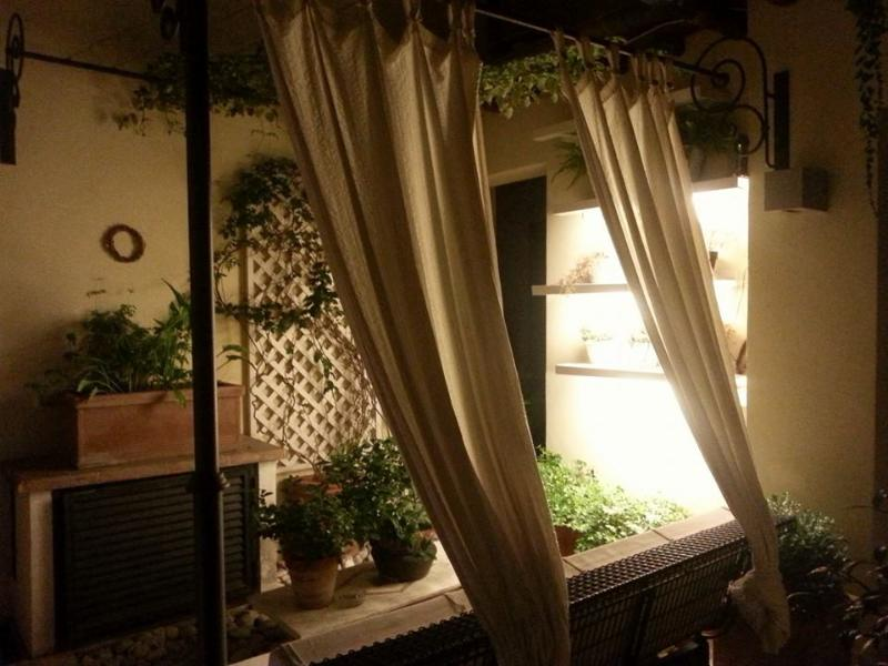 The night in Palazzo Ciancaleoni - Domus Ciancaleoni - Colosseum Apartments Hotel - Rome - rentals
