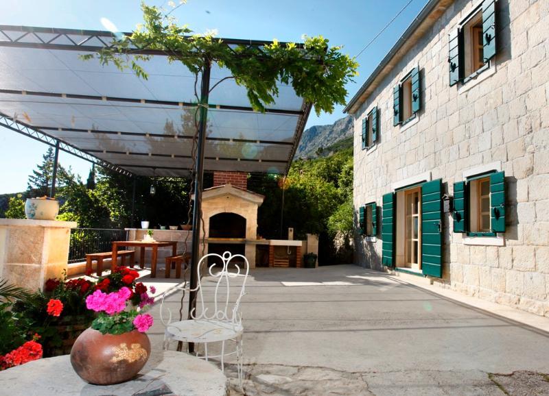 Charming stone villa Lucija - Image 1 - Mimice - rentals