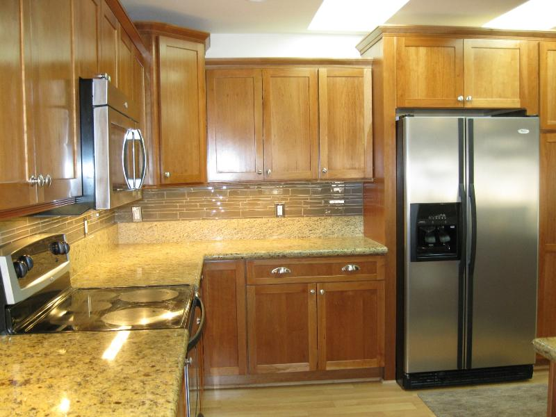 Kitchen - Lake Tahoe - Pet Friendly Skiing Beaches & Casinos - Stateline - rentals