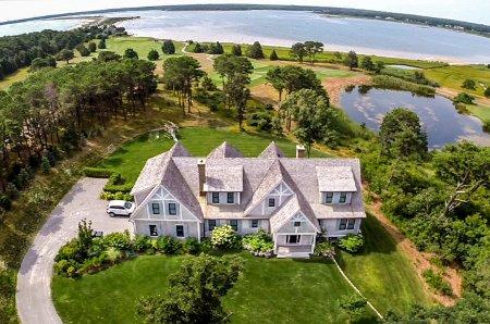 SPECTACULAR FARM NECK WATER VIEW - OB AMOR-06 - Image 1 - Oak Bluffs - rentals