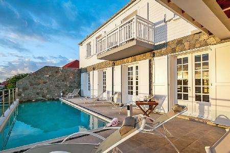 Private Sur le Port with harbor views, large pool, full A/C & central location - Image 1 - Gustavia - rentals