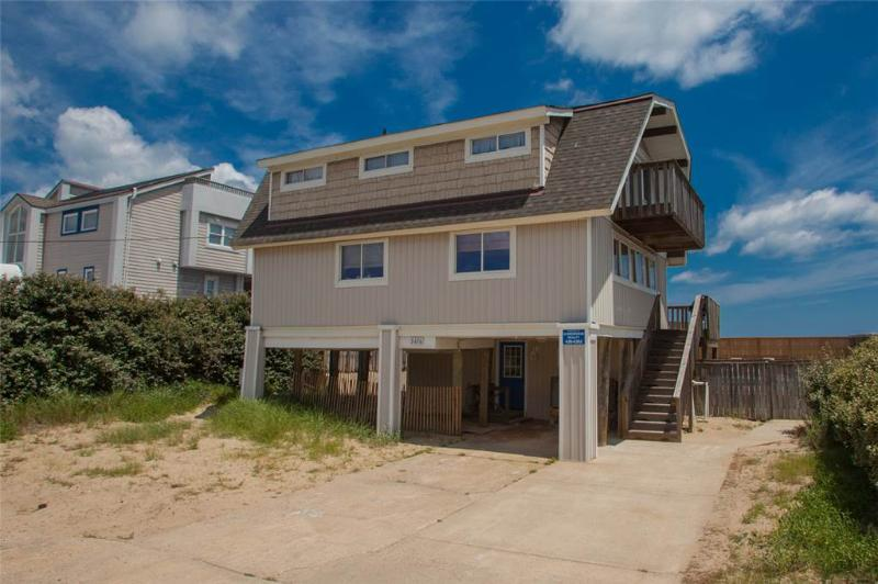 BEACH BARN - Image 1 - Virginia Beach - rentals