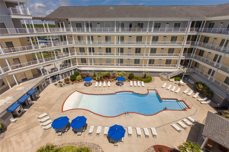 DUNES #111, IL MARE - Image 1 - Virginia Beach - rentals