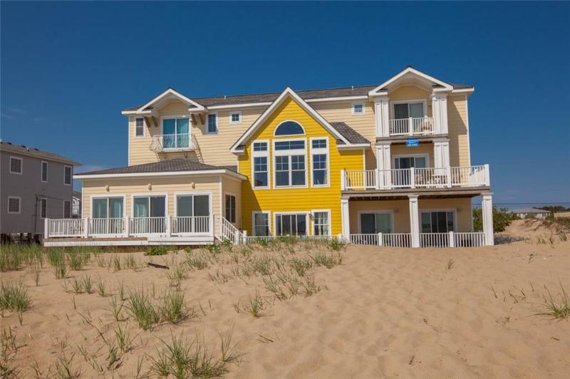 THE SANDS - Image 1 - Virginia Beach - rentals