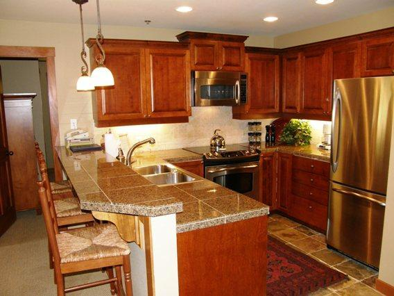Remodeled Kitchen... - Powderhorn Lodge #210 - Solitude - rentals