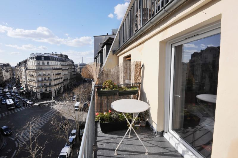 Classic BALCONY WITH A VIEW ( A true love nest ) - Image 1 - Paris - rentals