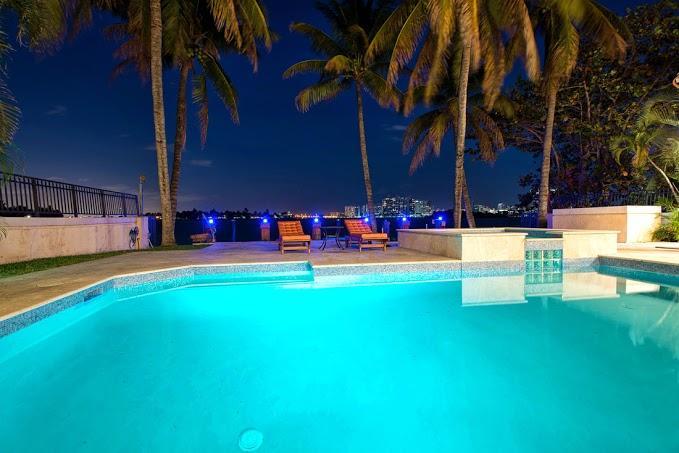 Waterfront Villa Capri - Image 1 - Miami Beach - rentals