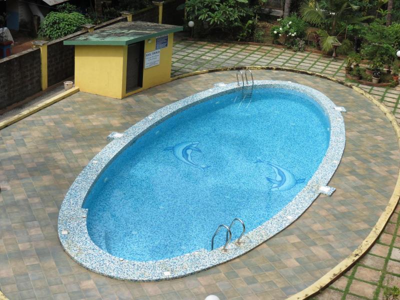 Apartment overlooks pool - 06) Very spacious apartment Arpora WiFi - Arpora - rentals